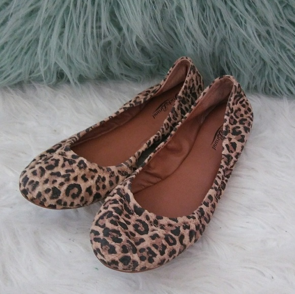 b820fa20fb6b Lucky Brand Shoes - Lucky Brand Size 10 Animal Print Ballet Flats
